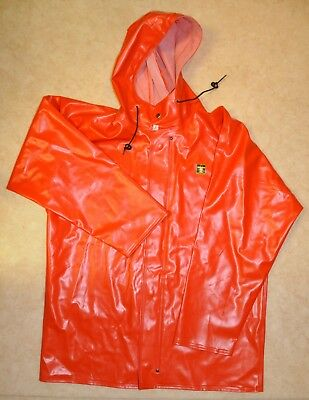 rosbras raincoat in red